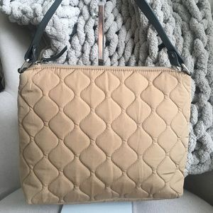 Like New! Banana Republic Quilted Purse!